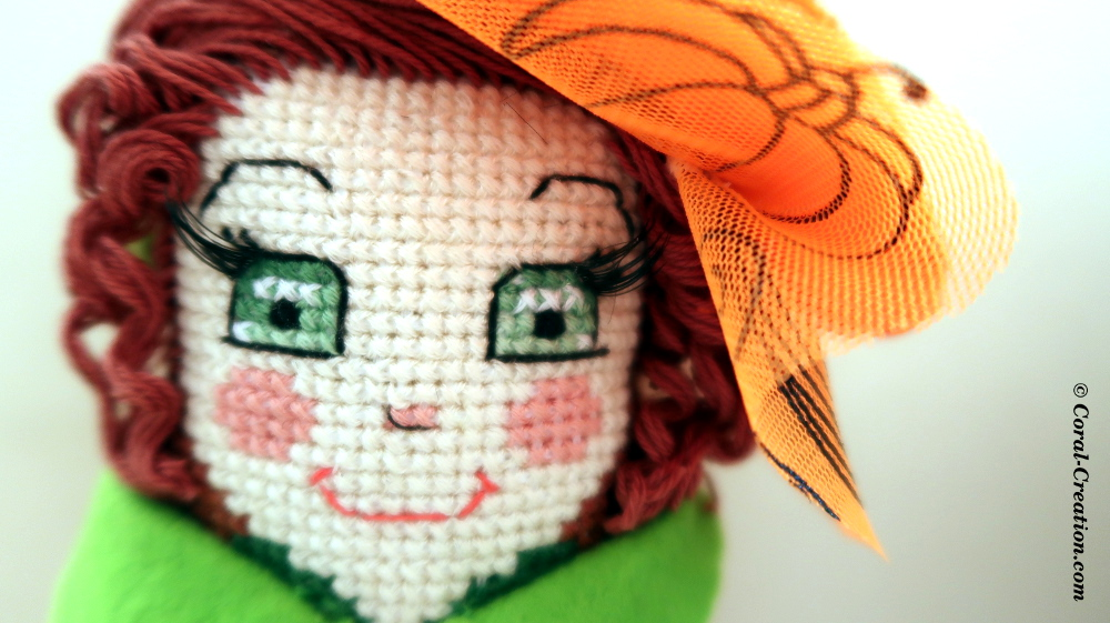 Original hand-made cross stitch doll (Pimprenelle)