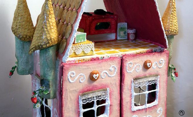 The magical bakery : outside decors